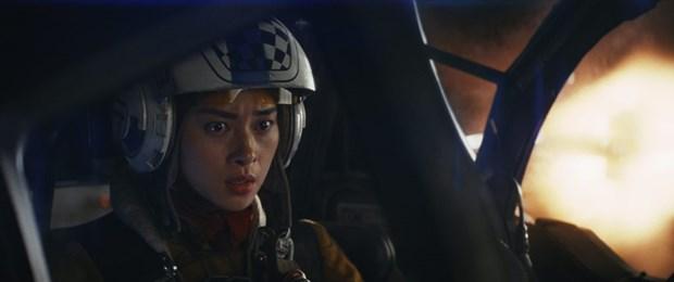 Gap 2 kieu nu goc Viet tham gia bom tan ''Star Wars: The Last Jedi'' hinh anh 6