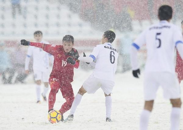 """Nha tho Nguyen Thuy Kha va ngau hung """"Rap U23 Viet Nam"""" hinh anh 3"""