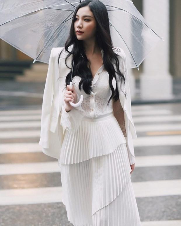 Thanh Hang, Ho Ngoc Ha va dan sao Viet chat lu voi hoa tiet ke hinh anh 16