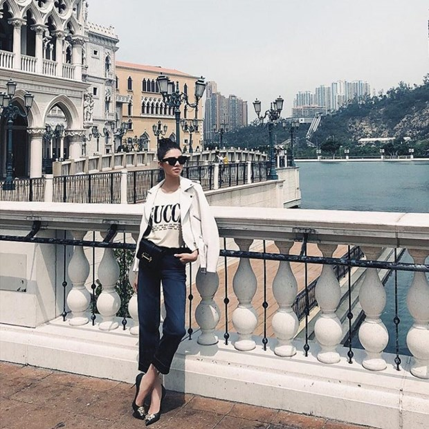 Thanh Hang, Ho Ngoc Ha va dan sao Viet chat lu voi hoa tiet ke hinh anh 14