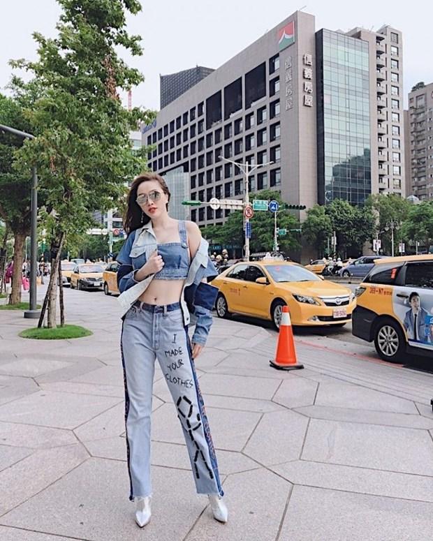 Sao Viet khoe street style phong khoang, phoi do ton chan dai mien man hinh anh 11