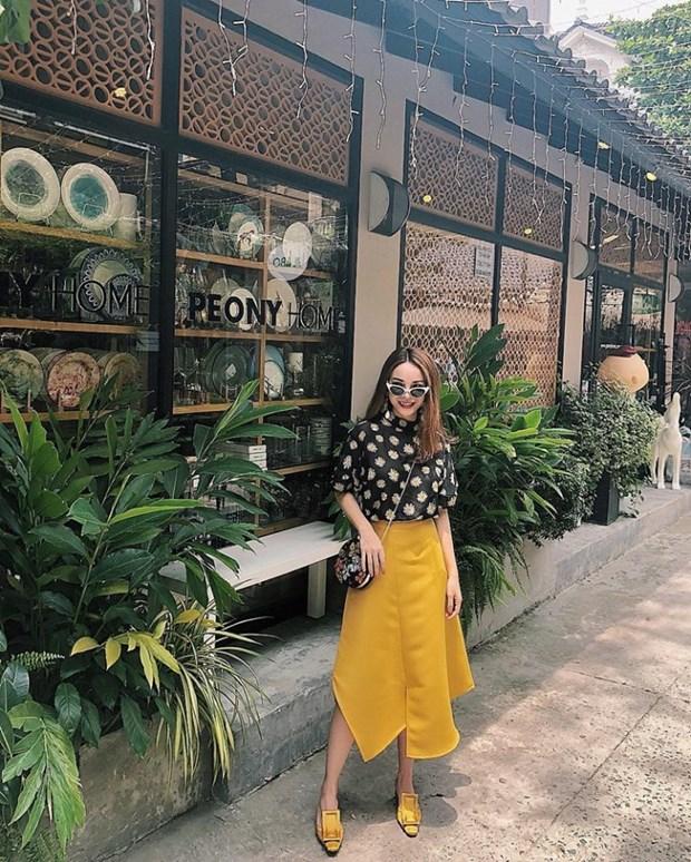 Sao Viet khoe street style phong khoang, phoi do ton chan dai mien man hinh anh 4