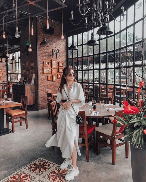 Ky Duyen, My Linh va Huong Giang do street style ngap tran hang hieu hinh anh 12