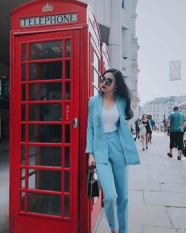 My nhan Viet khoe nhan sac dinh cao voi street style sanh dieu hinh anh 14