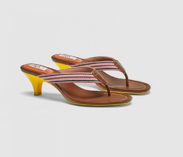 15 mau sandals cuc hot co the phoi voi nhieu trang phuc hinh anh 5