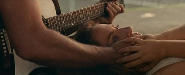 Cung Bradley Copper, Lady Gaga vut sang trong tuyet pham am nhac moi hinh anh 4