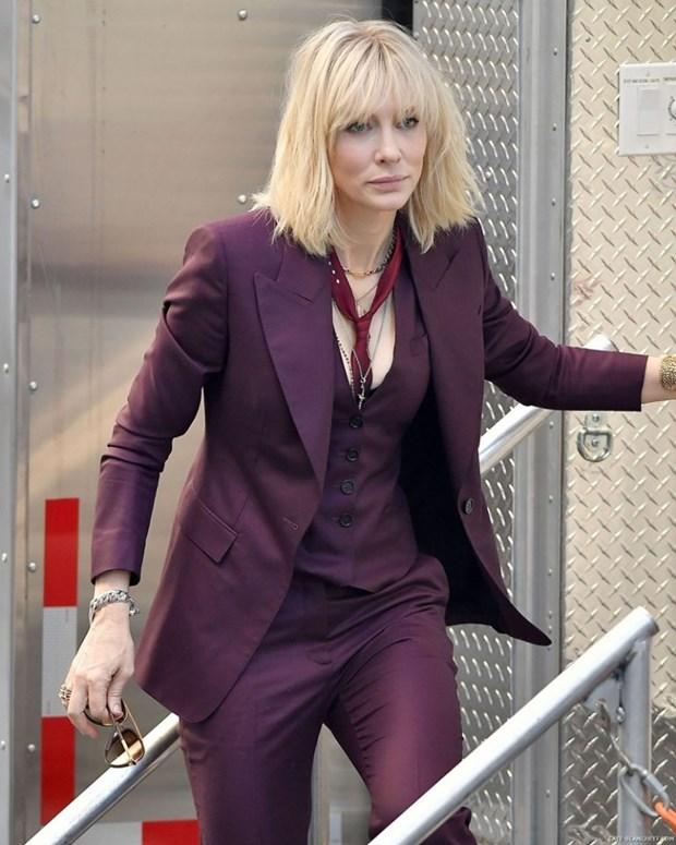 "Dien vien Cate Blanchett - ""Ba hoang"" cua nhung bo suit thoi thuong hinh anh 2"