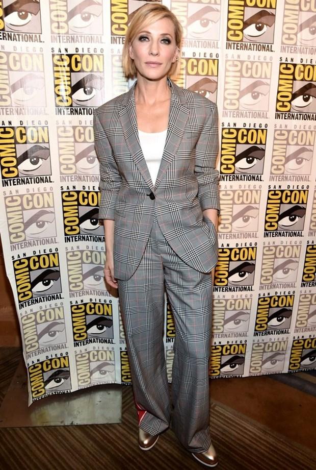 "Dien vien Cate Blanchett - ""Ba hoang"" cua nhung bo suit thoi thuong hinh anh 15"