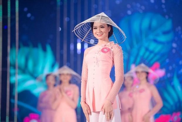 Cam hung ngot ngao sau chiec ao ba ba cua thi sinh Hoa hau Viet Nam hinh anh 4