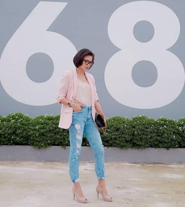 "Bich Phuong nhu cong chua, Chi Pu va Ky Duyen tha ""bua yeu"" voi somi hinh anh 16"