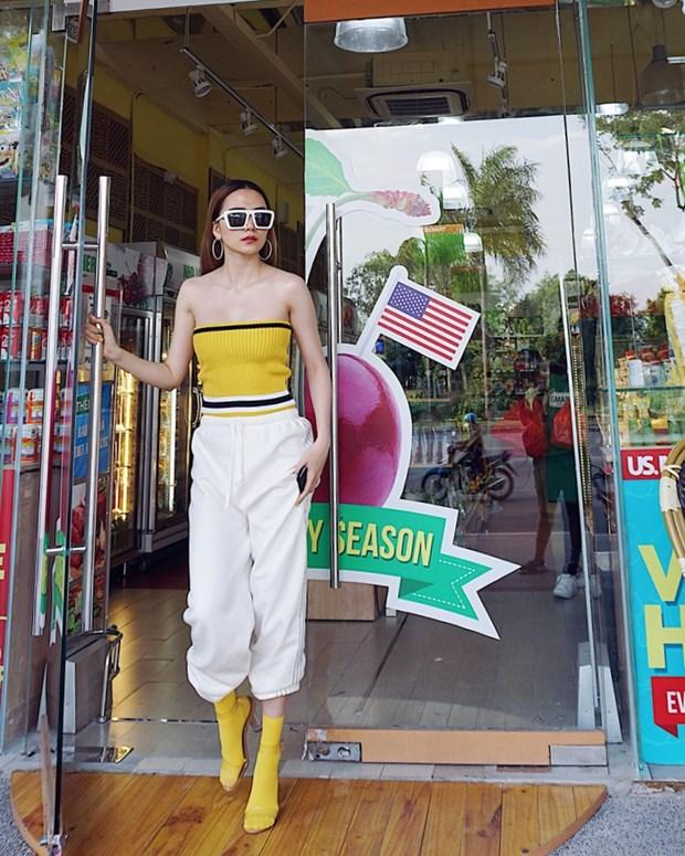 """Street style """"chat lu"""" cua dan sao Viet nhung ngay nong dinh diem hinh anh 1"""
