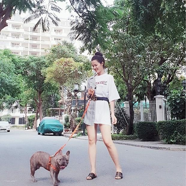 """Street style """"chat lu"""" cua dan sao Viet nhung ngay nong dinh diem hinh anh 20"""