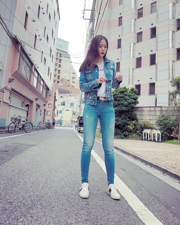 """Street style """"chat lu"""" cua dan sao Viet nhung ngay nong dinh diem hinh anh 21"""