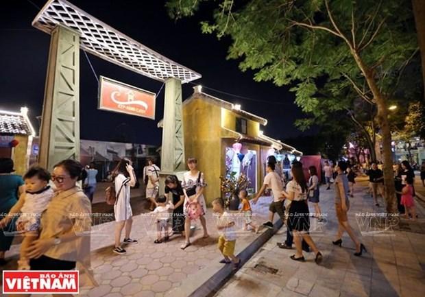Pho di bo Trinh Cong Son - suc hut cua van hoa lang man hinh anh 4