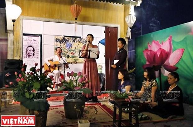 Pho di bo Trinh Cong Son - suc hut cua van hoa lang man hinh anh 6
