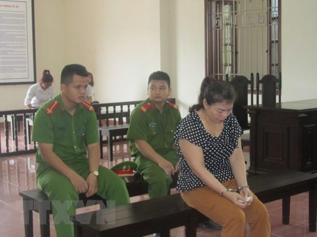 An chung than cho doi tuong van chuyen trai phep 3 banh heroin hinh anh 1