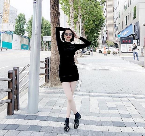 "Nhung diem sang trong ""ban tin"" street style cua my nhan Viet hinh anh 19"
