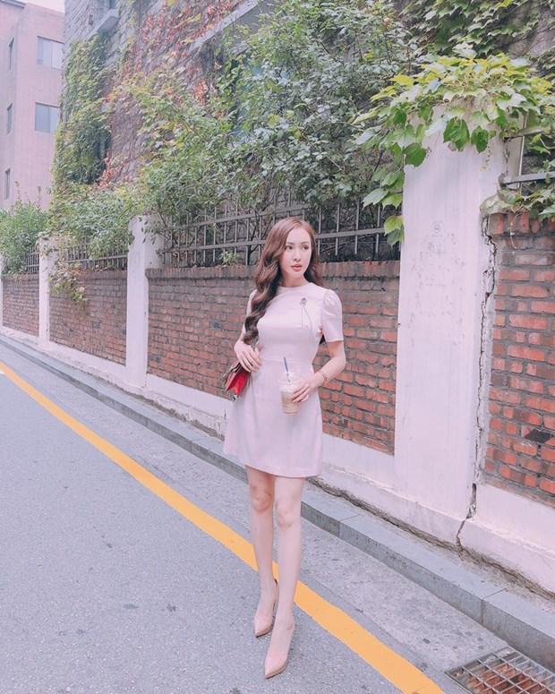 "Nhung diem sang trong ""ban tin"" street style cua my nhan Viet hinh anh 22"