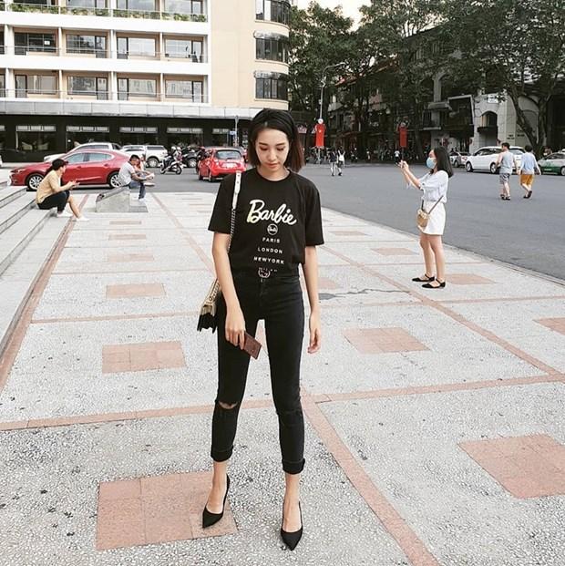 Ho Ngoc Ha sang chanh, Lan Khue dieu da trong street style dip le hinh anh 18
