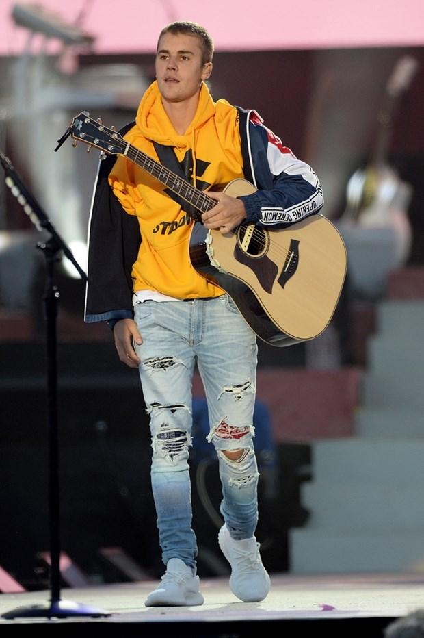 An mac loi thoi nhu Justin Bieber moi la mot street style chinh hieu? hinh anh 1