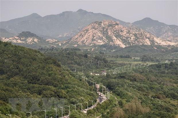 Trieu Tien-Han Quoc bat dau go min trong khu phi quan su hinh anh 1