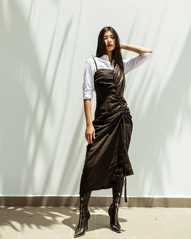 "Hoa hau My Linh, Jolie Nguyen khoe street style du lich ""sang chanh"" hinh anh 7"