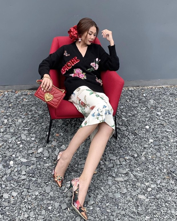 Thanh Hang, Ha Tang va dan my nhan ghi diem voi street style an tuong hinh anh 2