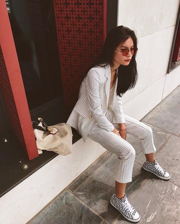 Thanh Hang, Ha Tang va dan my nhan ghi diem voi street style an tuong hinh anh 16