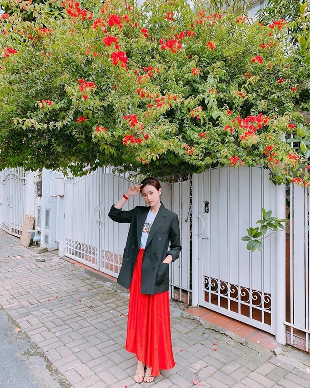 Thanh Hang, Ha Tang va dan my nhan ghi diem voi street style an tuong hinh anh 15