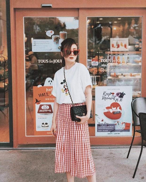 Thanh Hang, Ha Tang va dan my nhan ghi diem voi street style an tuong hinh anh 13
