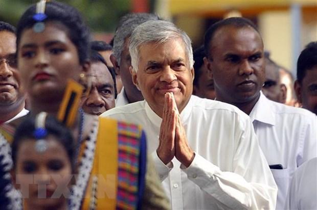 Khoang 100.000 dan Sri Lanka bieu tinh ung ho Thu tuong bi cach chuc hinh anh 1