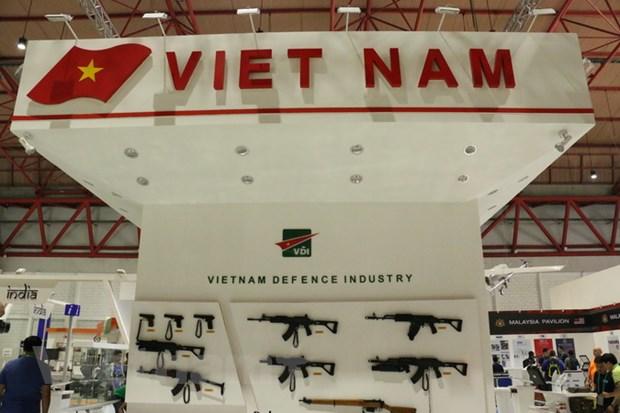 Viet Nam lan dau tham gia trien lam quoc phong tai Indonesia hinh anh 1