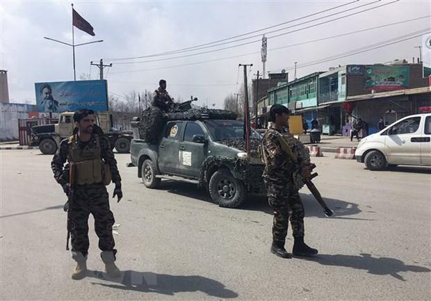 Taliban tan cong nhieu noi o Afghanistan, gan 30 nguoi thiet mang hinh anh 1