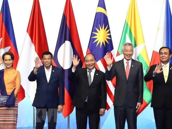 ASEAN tang hop tac de tan dung co hoi tu cach mang 4.0 hinh anh 1