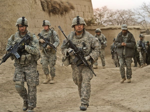 NATO: Danh bom tai Afghanistan khien 3 quan nhan My thiet mang hinh anh 1