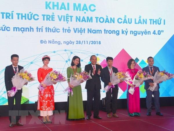 Phat huy suc manh tri thuc tre Viet Nam trong ky nguyen 4.0 hinh anh 2