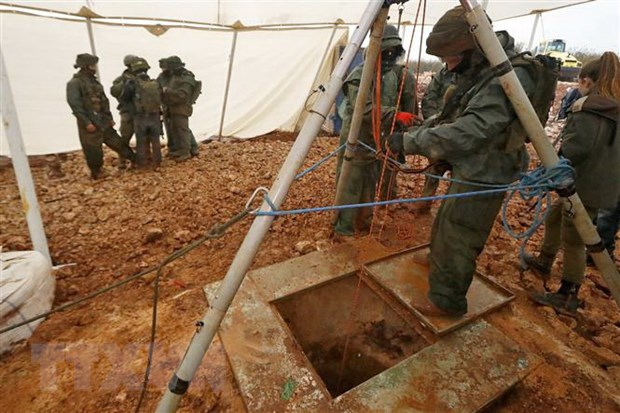 Israel pha huy cac duong ham xuyen bien gioi tu Liban cua Hezbollah hinh anh 1