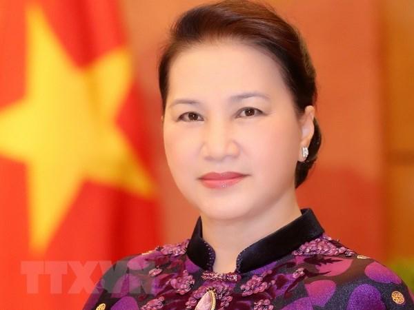 Chu tich Quoc hoi len duong tham du APPF-27 tai Campuchia hinh anh 1