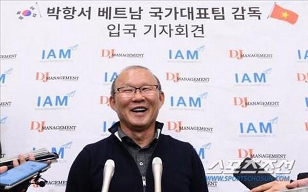 HLV Park Hang-seo chia se 'gay soc' khi tro lai Han Quoc nghi Tet hinh anh 1