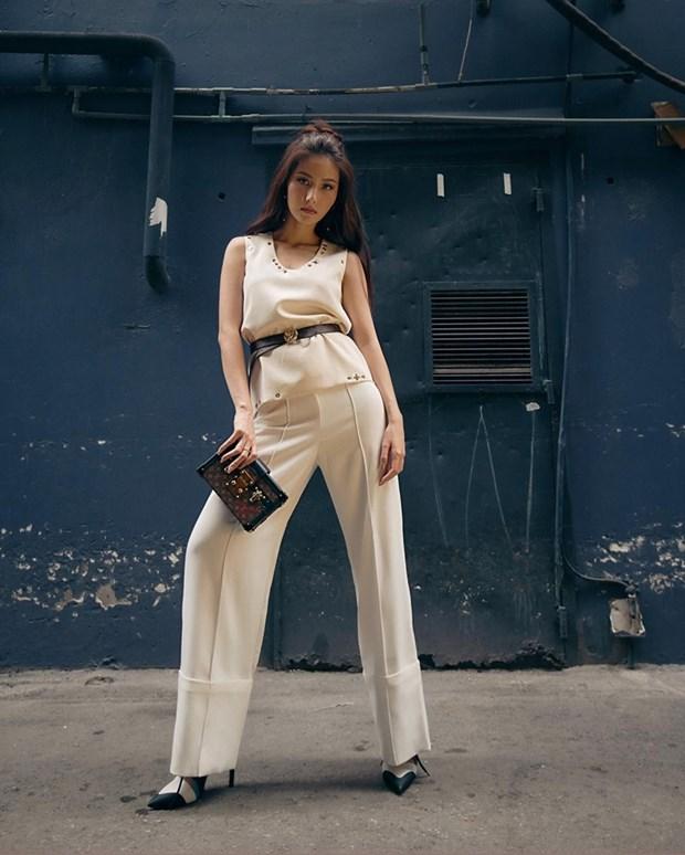 Dai tiec street style cua dan sao Viet truoc them Tet Nguyen dan hinh anh 9