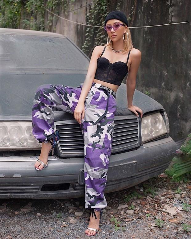 Dai tiec street style cua dan sao Viet truoc them Tet Nguyen dan hinh anh 17