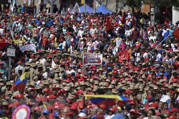 PARLASUR hop ban giai phap giam cang thang tai Venezuela hinh anh 1