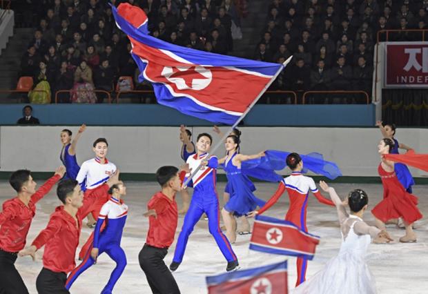 Trieu Tien to chuc ky niem ngay sinh co lanh tu Kim Jong-il hinh anh 1