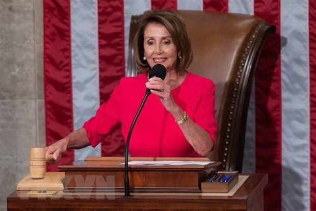 Chu tich Ha vien My Nancy Pelosi phan doi luan toi ong Trump hinh anh 1