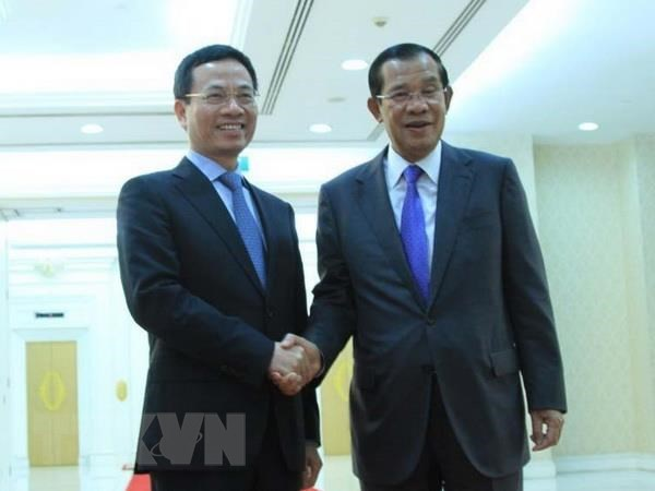 Bo truong Thong tin va Truyen thong tham Vuong quoc Campuchia hinh anh 1