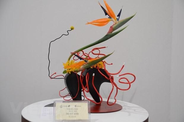 Viet Nam lan dau tien tham du trien lam cam hoa Ikebana tai Nhat Ban hinh anh 2