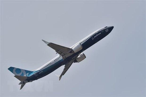 Boeing dang hoan tat nang cap phan mem cho may bay 737 MAX hinh anh 1