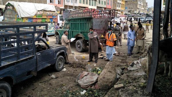 Pakistan: No bom tai khu cho ngoai troi, it nhat 16 nguoi thiet mang hinh anh 1