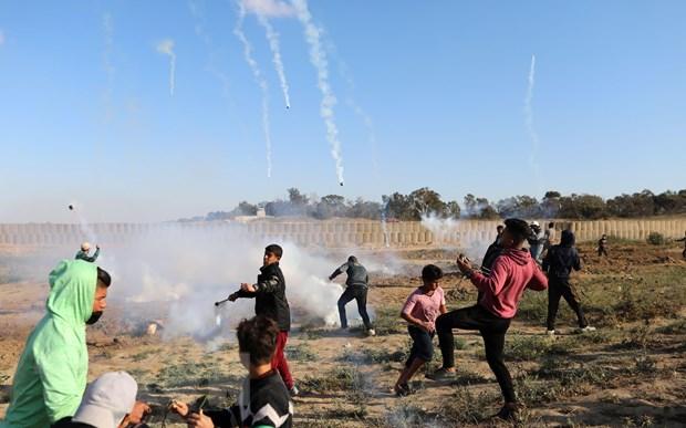 Dung do binh sy Israel tai Gaza, it nhat 60 nguoi Palestine bi thuong hinh anh 1