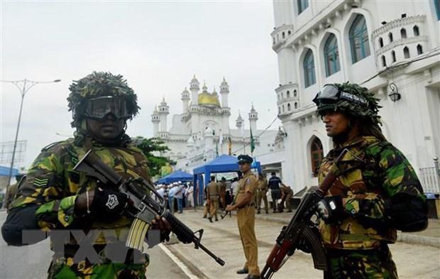 Tong thong Sri Lanka cam cac nhom cuc doan hoat dong tren lanh tho hinh anh 1